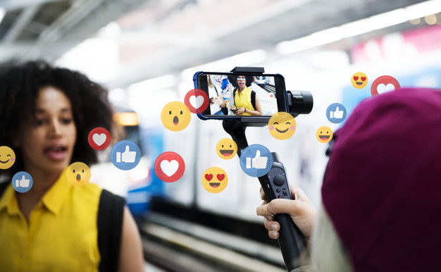 Top 9 Tips On Becoming A Full-time Social Media Influencer